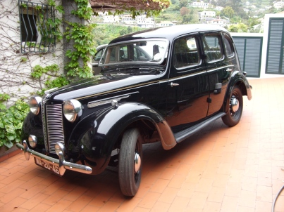 Austin Ten Saloon 1946